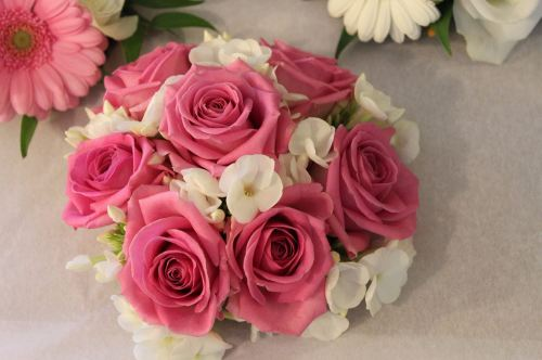 rose and phlox bridesmaids bouquet