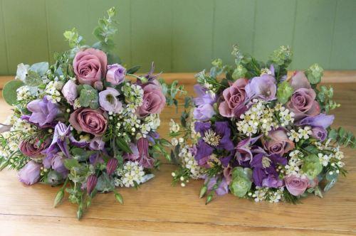 vintage bridesmaids bouquet