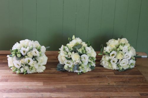 rose and lisianthus bridesmaids bouquet