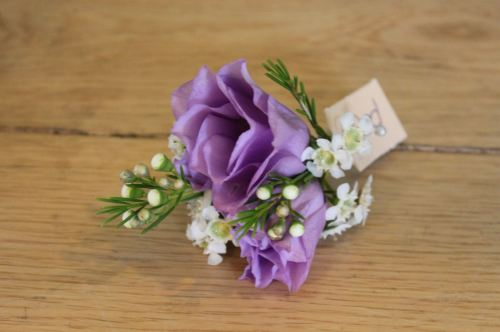 lisianthus button holes