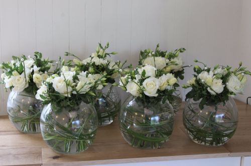 avalanche rose and lisianthus bowl table arrangements