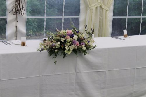 cottage garden top table arrangement