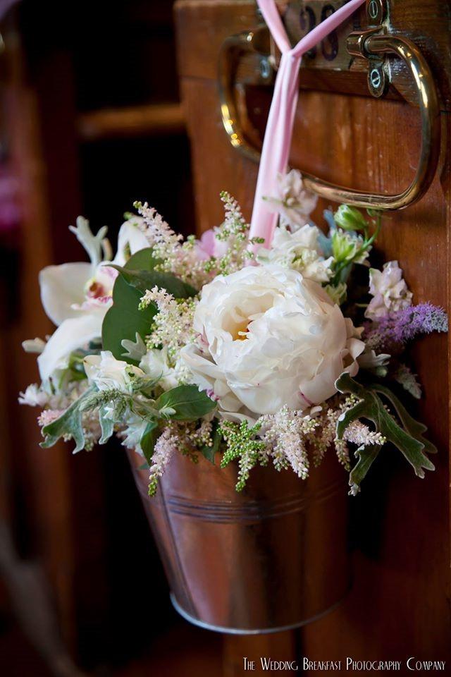 church pew end arrangements wedding flowers in sussex. Black Bedroom Furniture Sets. Home Design Ideas
