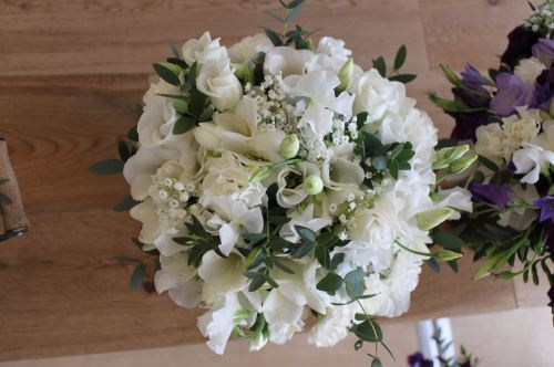 sweet peas and freesia brides maids bouquet