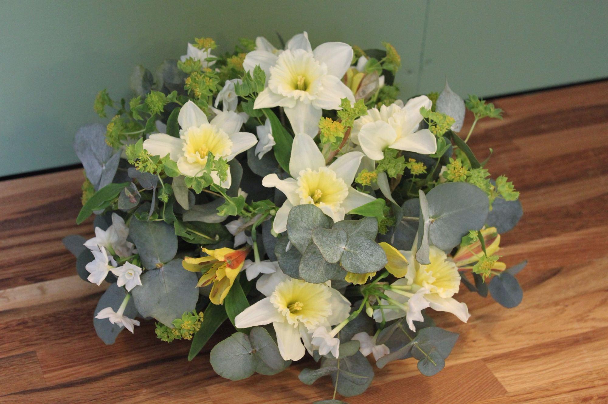Daffodil Spring posy