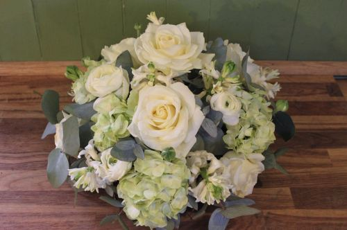 rose and hydrangea posy