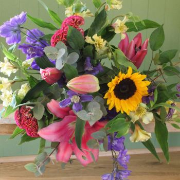 Bright Twist Bouquet