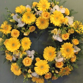 Yellow Gerbera Wreath
