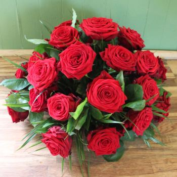 Red Rose Posy