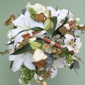 Classic White Christmas Bouquet