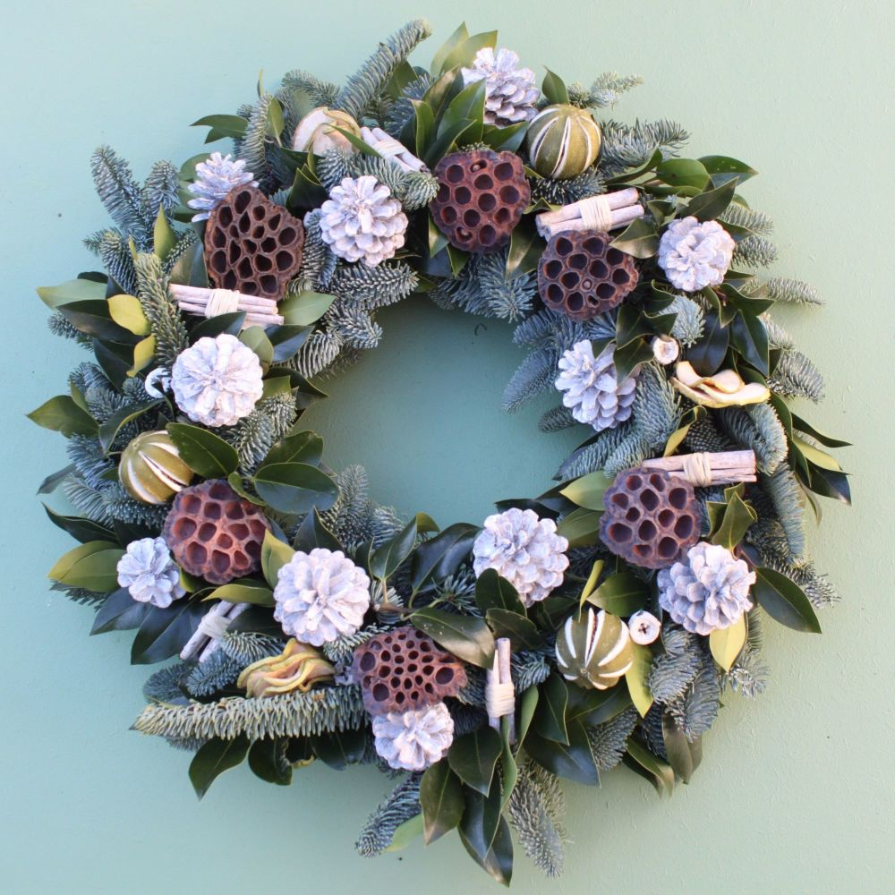 Classic White Christmas Wreath