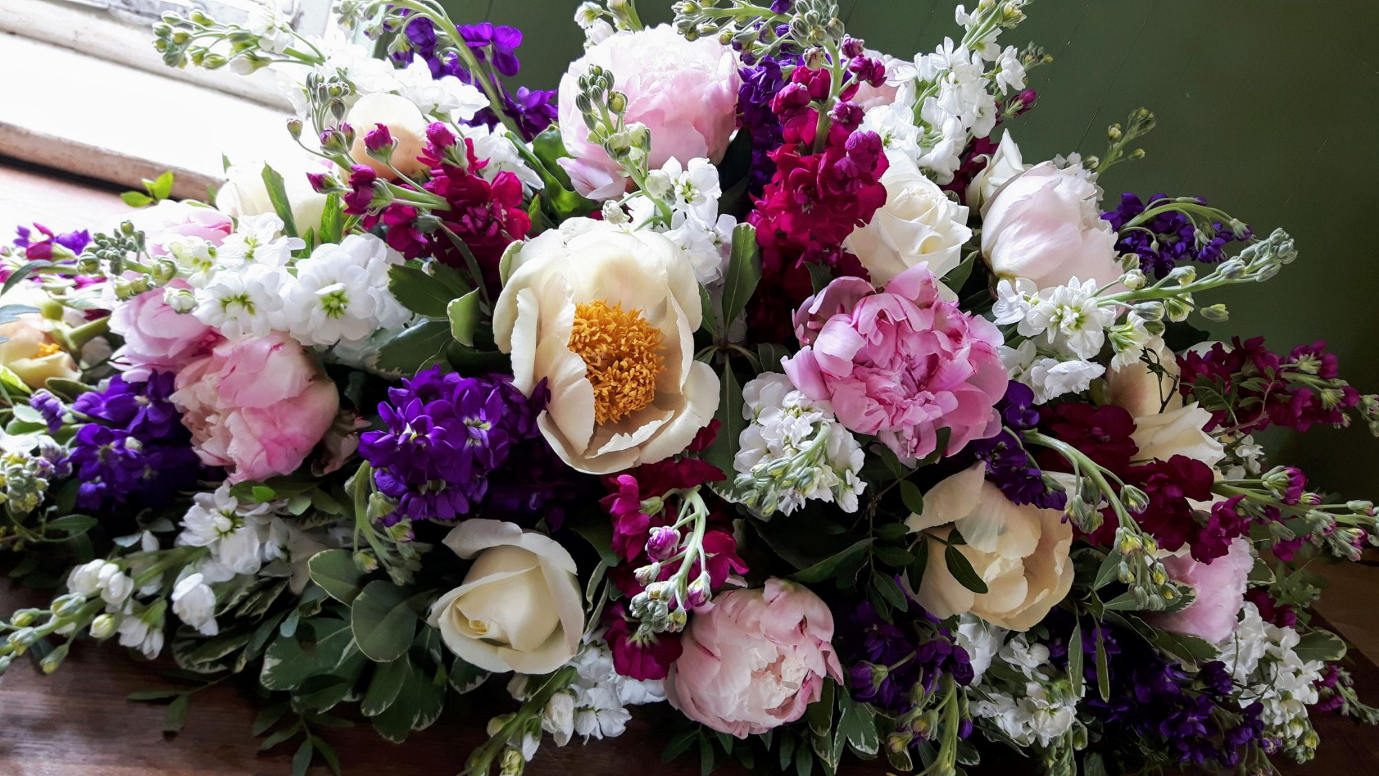 Funeral flowers Crawley