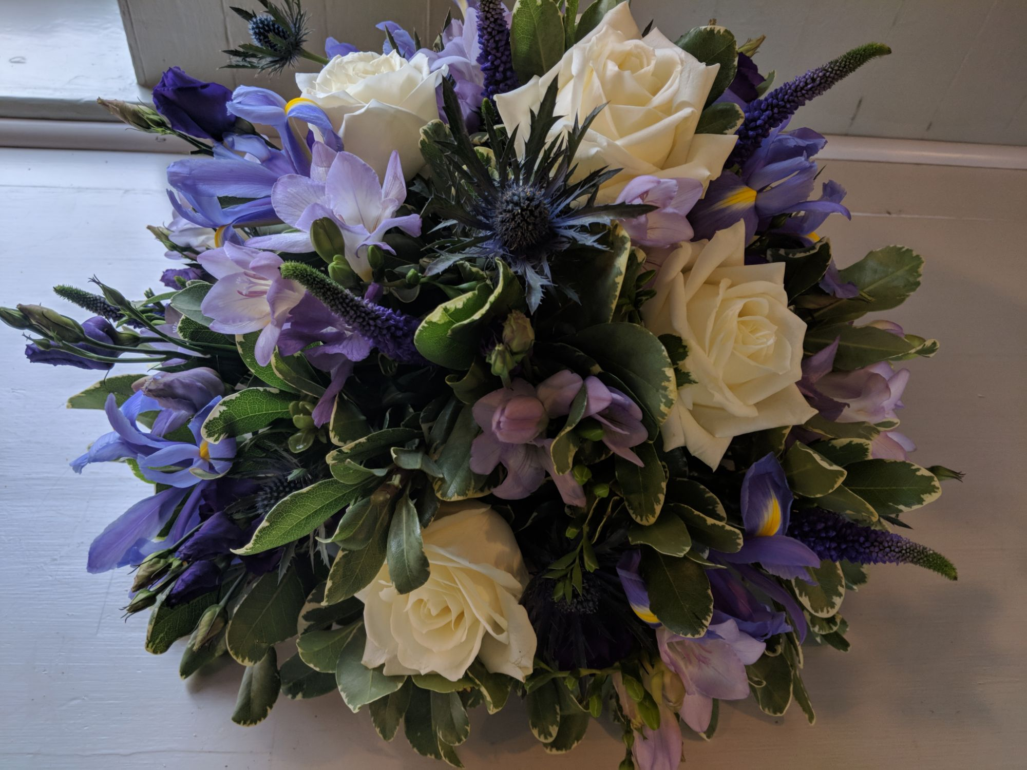 Ivory rose and purple posy