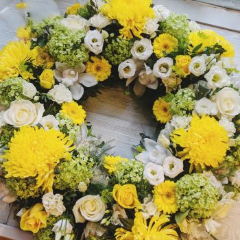 Lime, Yellow & White Wreath