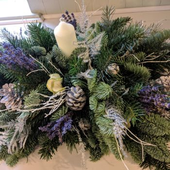 Classic Lavender and Silver Christmas Candle Arrangement