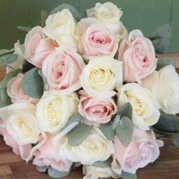 Sweet Ivory Hand-tied Posy. Price from