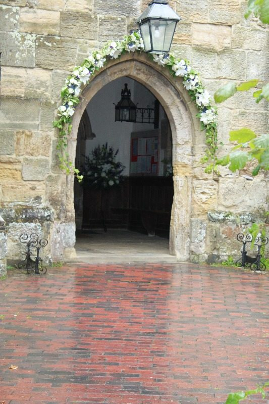 floral arch at lindfields all saints church 3