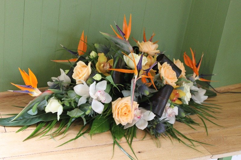rose and strelitzia spray