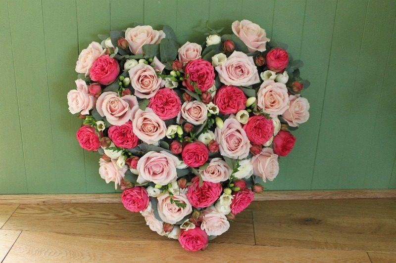 c1 mixed rose and freesia