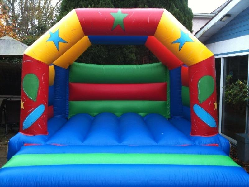 Kids Roofed Party Castle - 12ft x 12ft