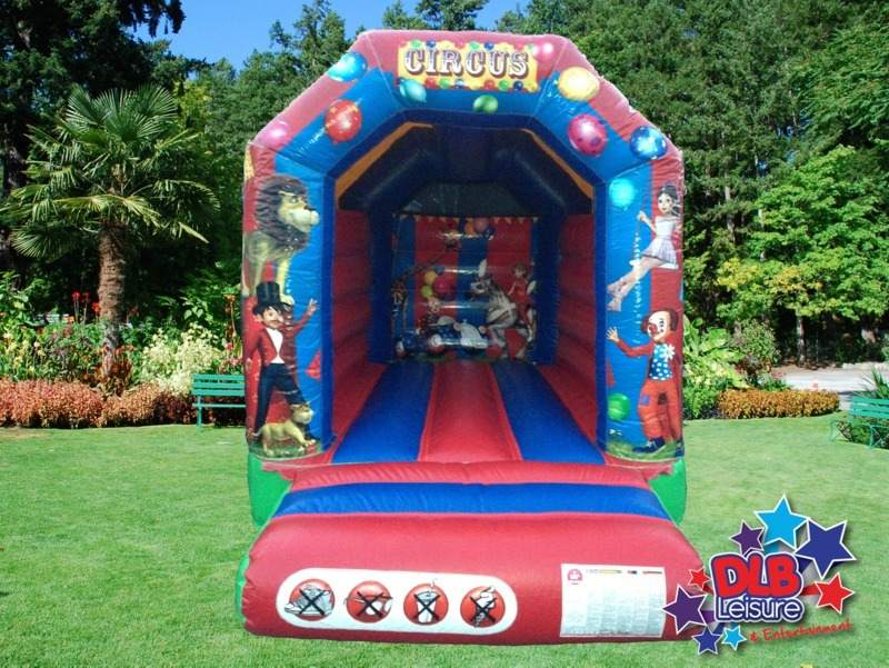 DLB Leisure - 8x10ft Circus Bouncy Castle Roofed