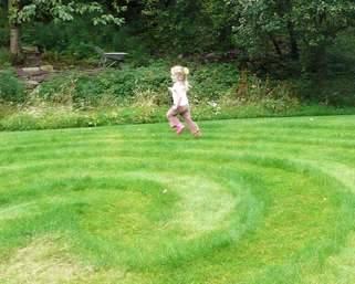 Running round a fun maze