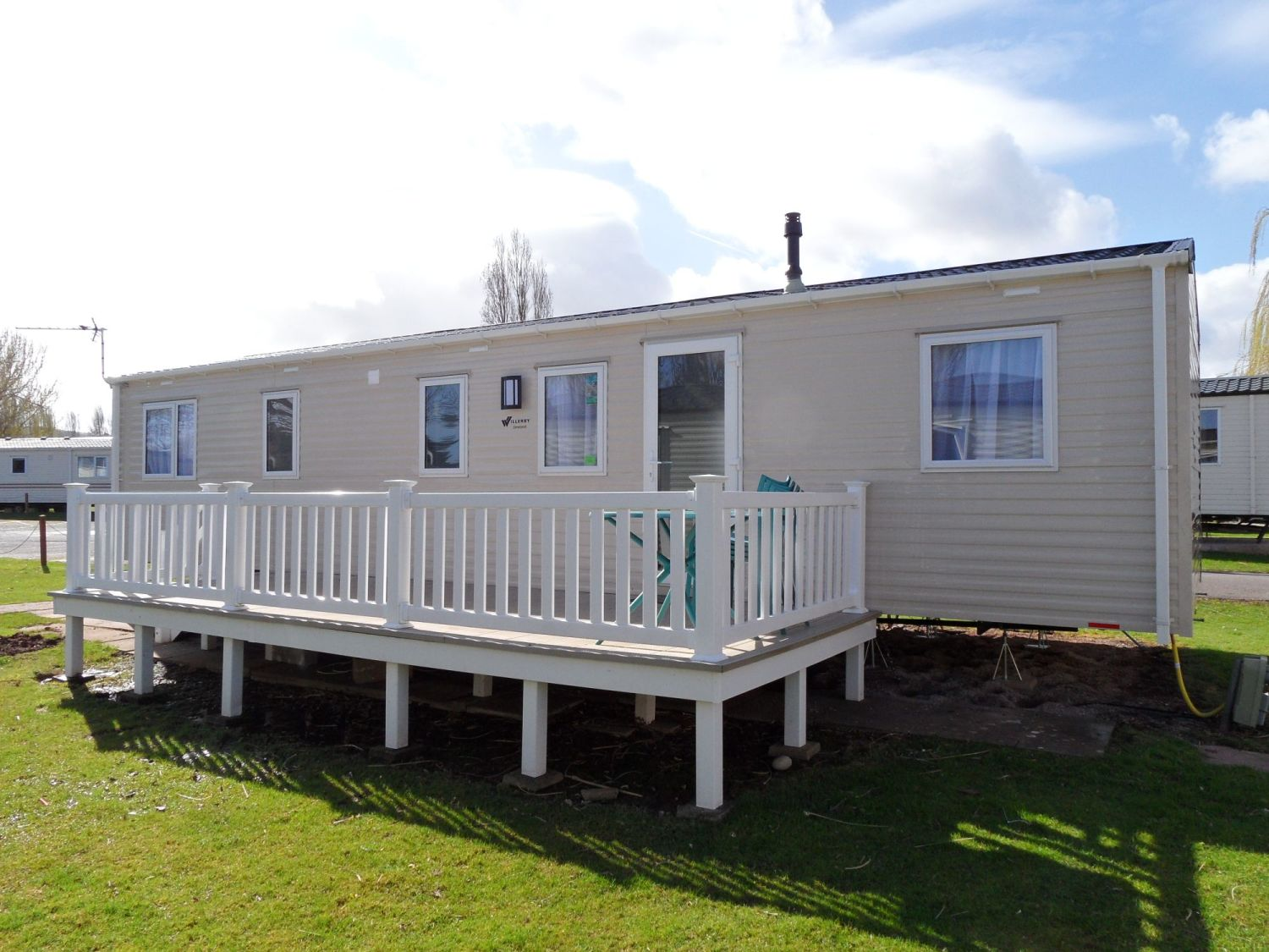 New Linwood 4 bedroom, 8 to 10 berth caravan Butlins Minehead