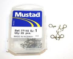 Mustad fly clips size 3.