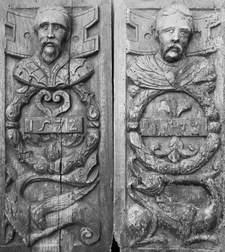 A Rare Pair Of Dated Tudor Period Carved Oak Portrait Panels Dated 1572