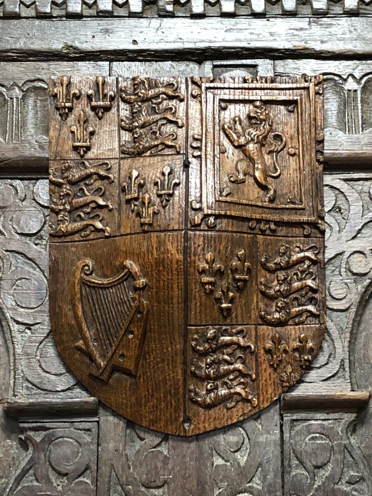 A Fine 17th Century Carved Oak Armorial Panel Bearing The Royal Coat Of Arm