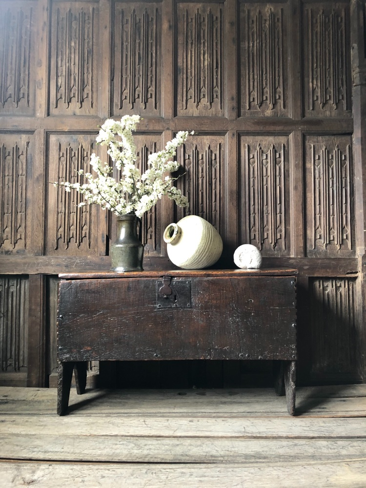 A Charming Early 17th Century Oak Chest Of Six Plank Construction
