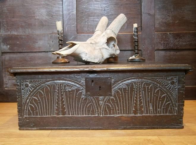 jacobean bible box 1