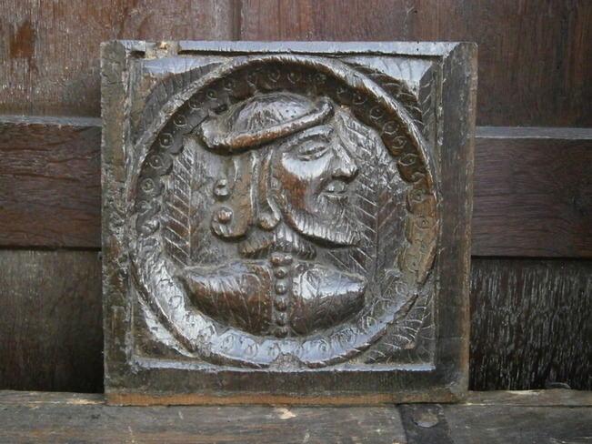 16th century chunky romayne profile panel