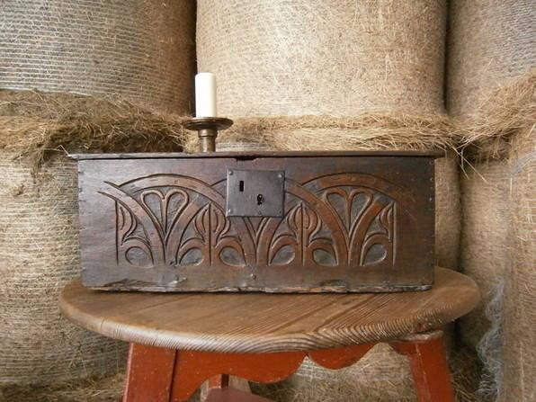 17th century bible box pb13