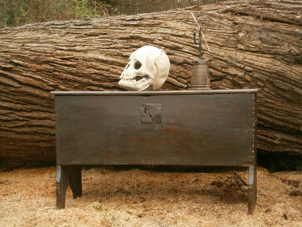 16th Century Elizabethan Oak Boarded chest