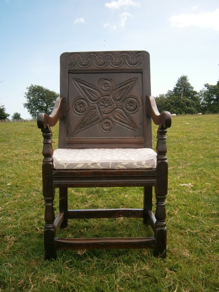17th Century Somerset Carved oak Wainscot Chair