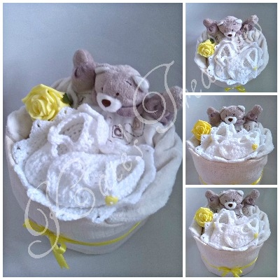 'Tiny Heart Nappy Cake' in Unisex colours