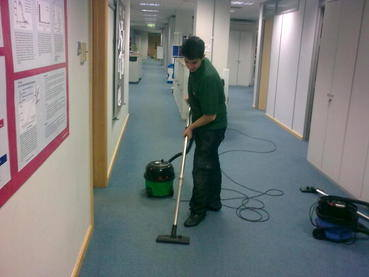 Oxford cleaning services vacuuming, Oxford cleaners in Oxford