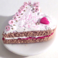Iced heart shaped cake