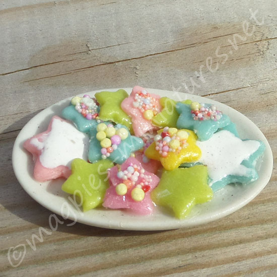 Easter Star Biscuits on a plate