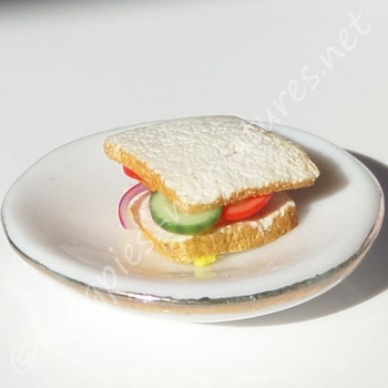 Salad Sandwich TO CLEAR