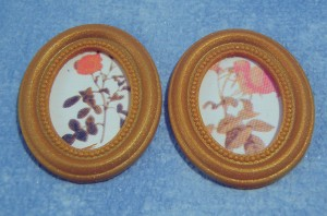 Picture - Framed 'Embroidery' - Set of 2