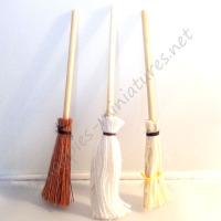 3 Broomsticks