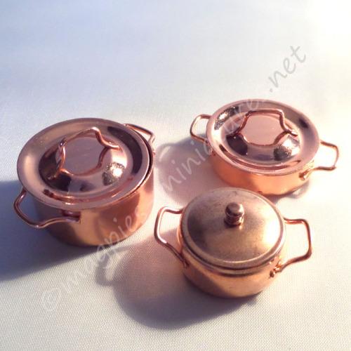 Set of 3 copper casserole pots