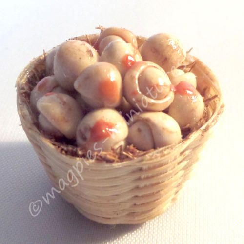 Fruit and Vegetable baskets - mushrooms