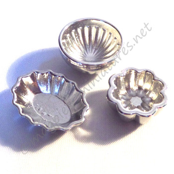 Silver jelly cake moulds - set of 3