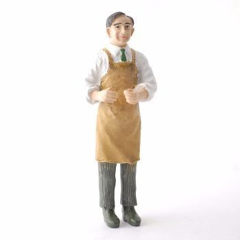 24th scale Butler in Apron