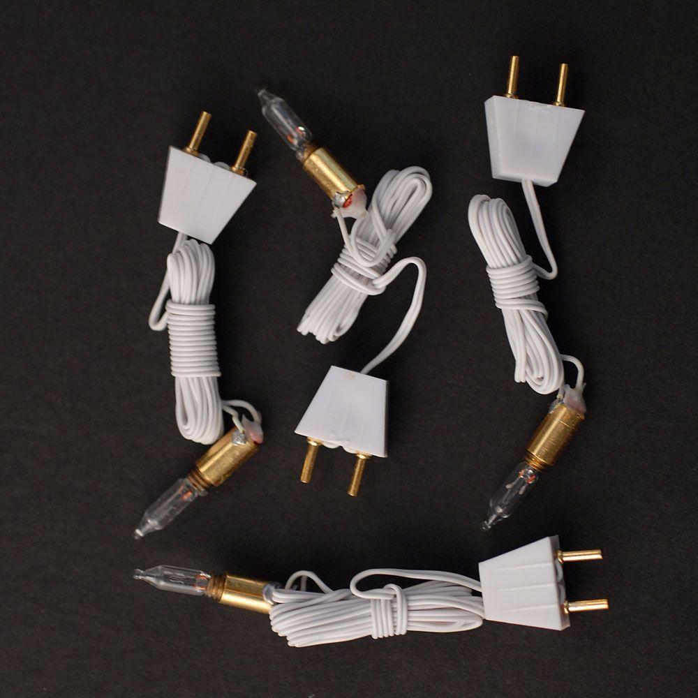 Bulb holders 4 pk : Single bulbs on plugs