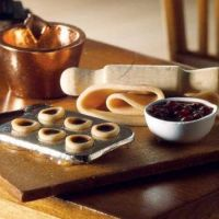Jam tarts ingredients and board