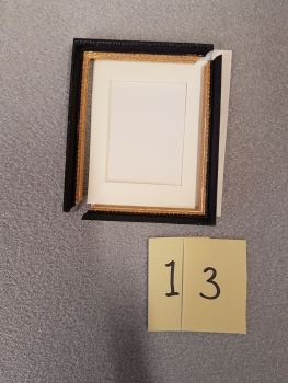 * Clearance * Black frame with mount